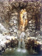 The cascade in Goldney grotto